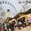 Trotz schlechten Wetters bleibt der Weihnachtsmarkt in der Hauptstadt ein Besuchermagnet.