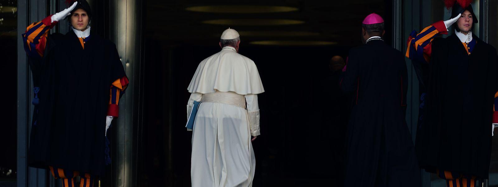 Bei der Privataudienz habe sich der Papst bei den beiden stellvertretend für alle Schweizer Opfer sexueller Übergriffe durch Geistliche entschuldigt.