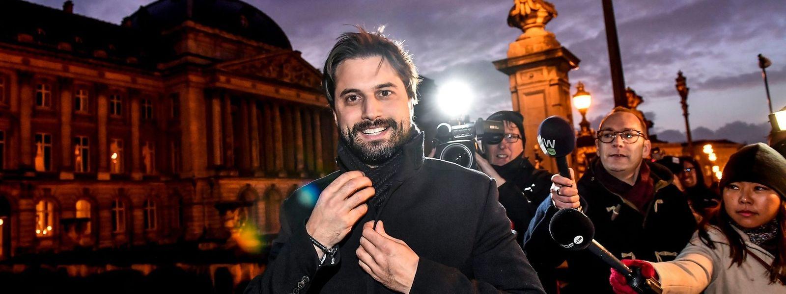 Le  francophone Georges-Louis Bouchez, associé au Flamand Joachim Coens, a été nommé mardi soir informateur par le roi Philippe.