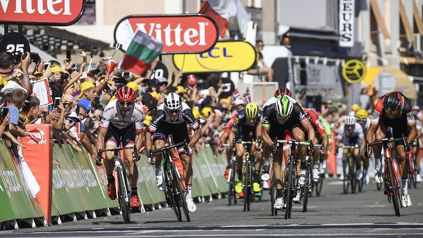Maciej Bodnar vence 20.ª etapa, Froome com quarta vitória à vista