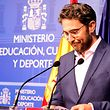 """Am Mittwoch ergab sich Màxim Huerta der """"Meute"""". Gemeint sind damit die Journalisten. Eine Schuld sieht der Ex-Kulturminister nämlich nicht ein."""