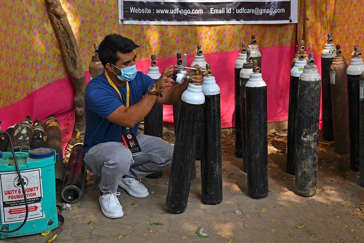 Comme ici en Inde, les besoins en oxygène sont devenus criants.