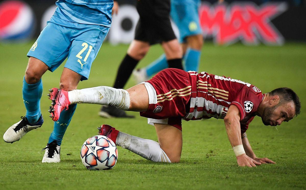Mathieu Valbuena (en rouge et blanc) a avoué avoir eu un pincement au coeur en affrontant son ancien club (2006-2014), l'OM