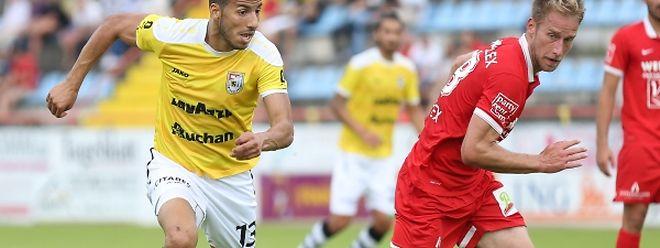 Sofian Benzouien, do Dudelange, aqui ao lado de Philippe Werdel, marcou um dos golos da jornada