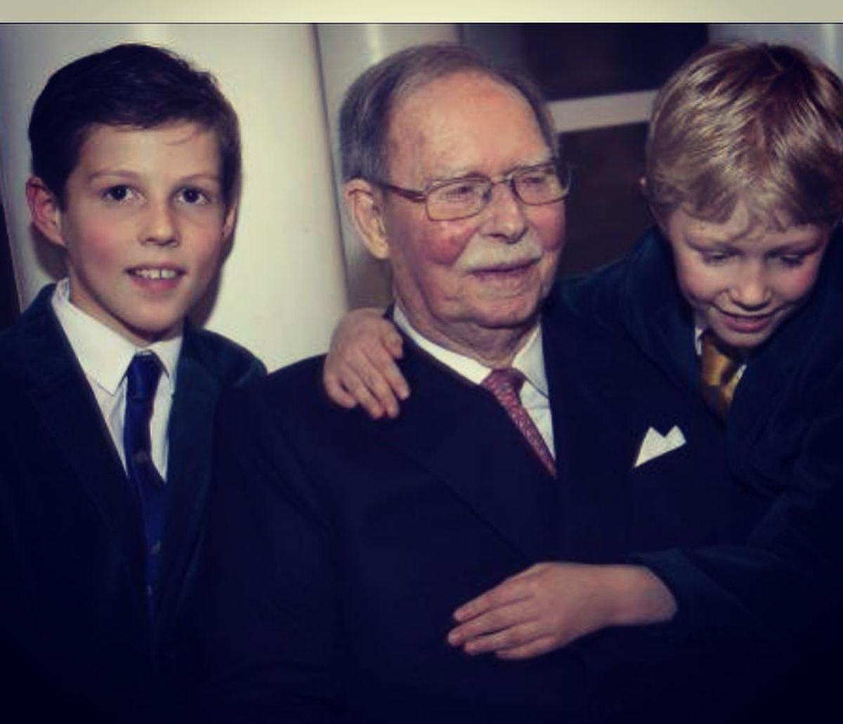 Grão-duque Jean e os netos
