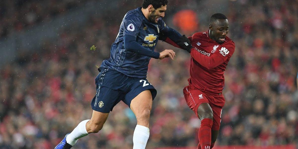 Naby Keita, ici aux prises avec Marouane Fellaini et Liverpool marchent actuellement sur l'eau. Newcastle sera-t-il en mesure d'enrayer la machine?