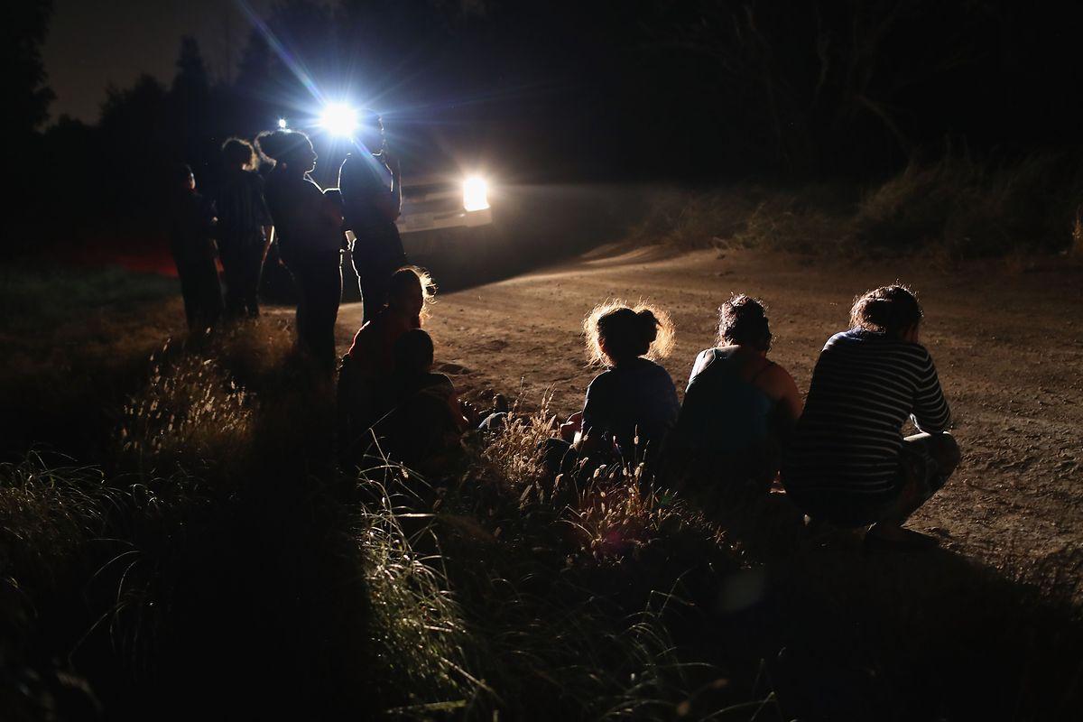 Die Trennung von illegal eingewanderten Menschen aus Süd- und Mittelamerika und deren Kindern hat zu einem Aufschrei geführt.