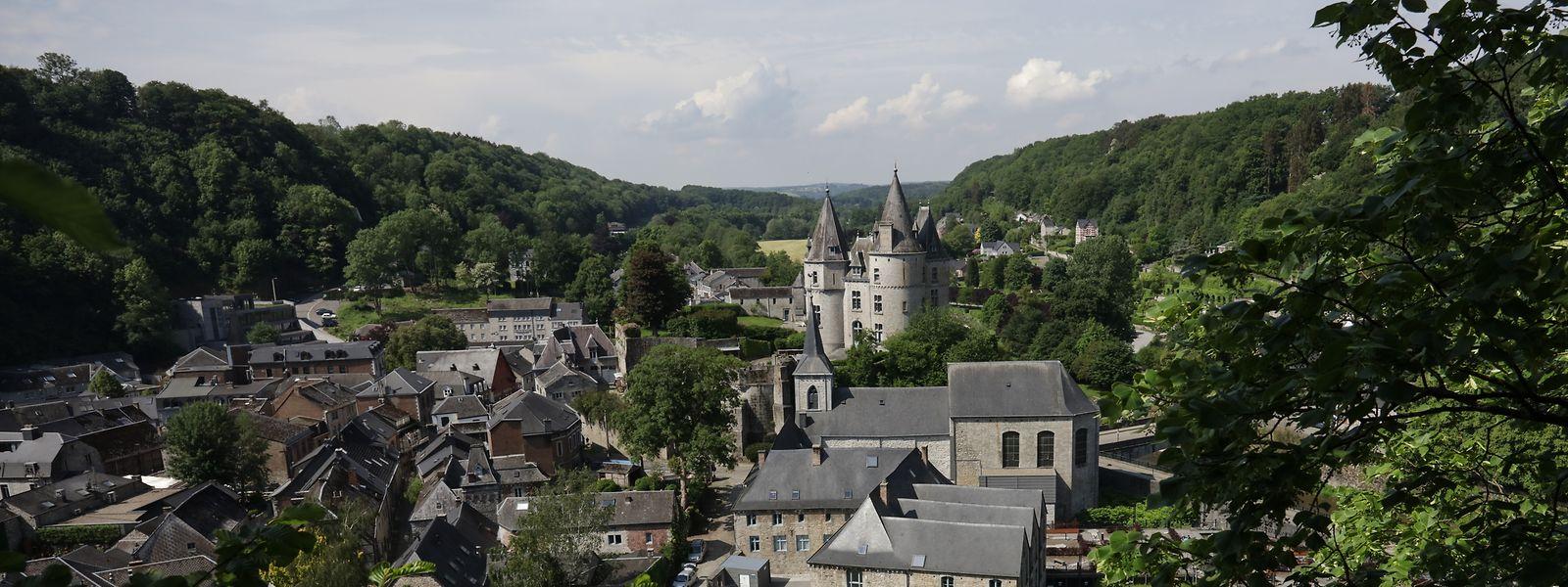 Durbuy liegt malerisch in den Ardennen und lohnt sich für einen Tagesausflug.