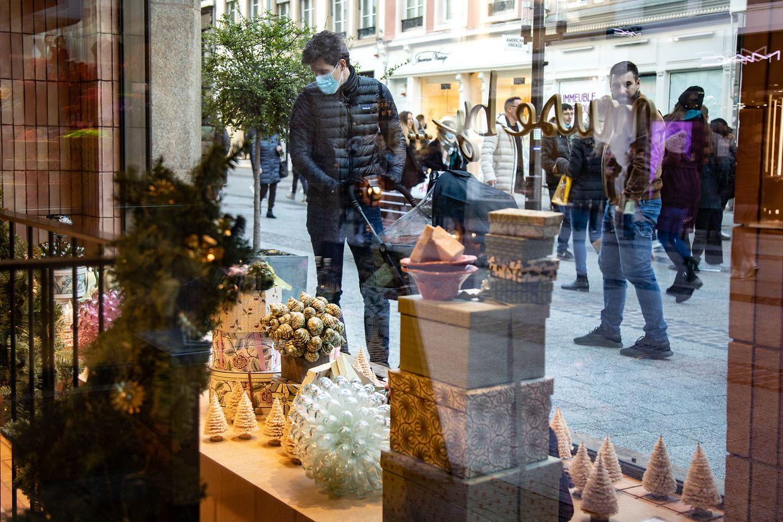 Ce samedi, de nombreux clients ont profité des boutiques pour faire leurs achats de Noël.
