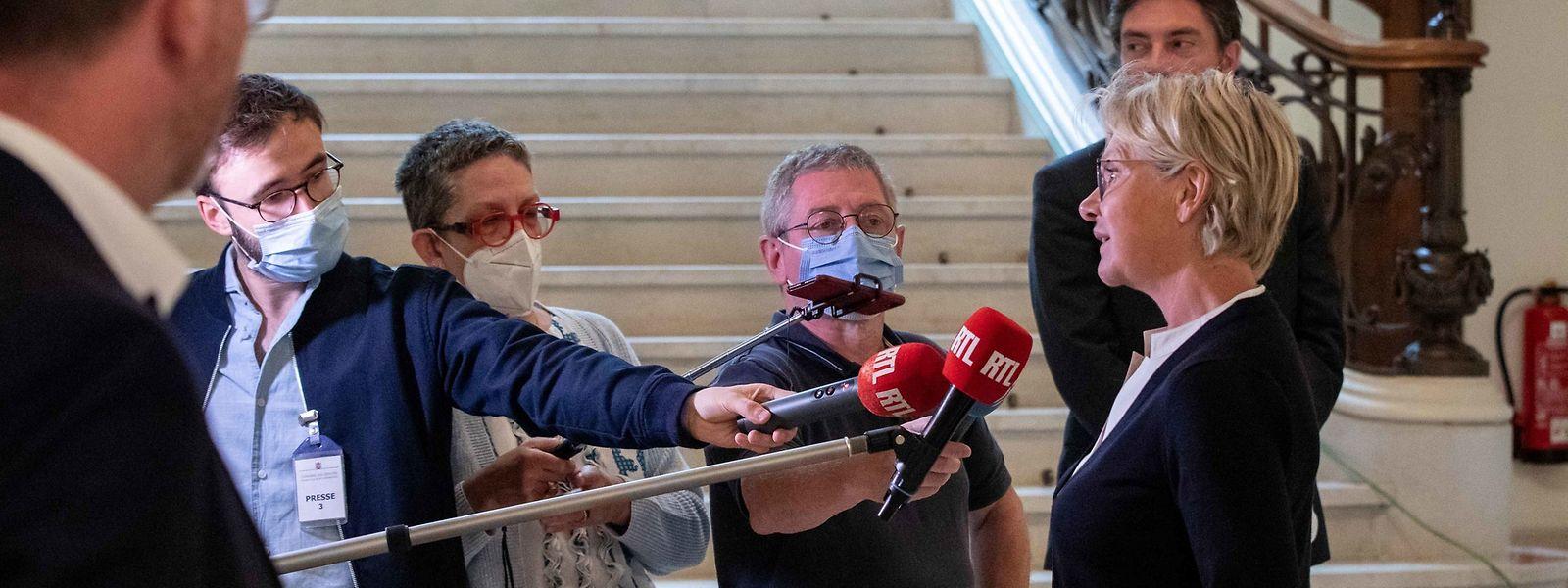 Die Opposition sieht sich durch den Waringo-Bericht in ihrer Einschätzung bestätigt. Die Alten- und Pflegeheime wurden im Regen stehen gelassen, sagt die Co-Fraktionschefin der CSV, Martine Hansen.