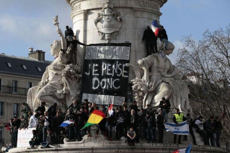 Marche républicaine, place de la République à Paris