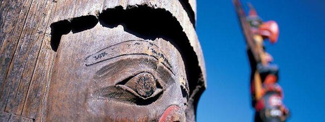 Das Erbe der Ureinwohner: Totempfähle