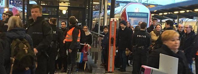 L'anarchie sur les quais de la gare de la capitale ce vendredi soir