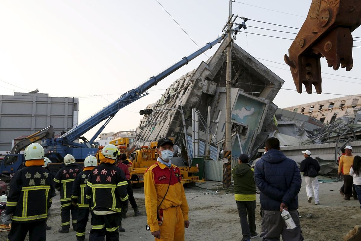 Das Gebäude stürzten bei einem Erdbeben ein.