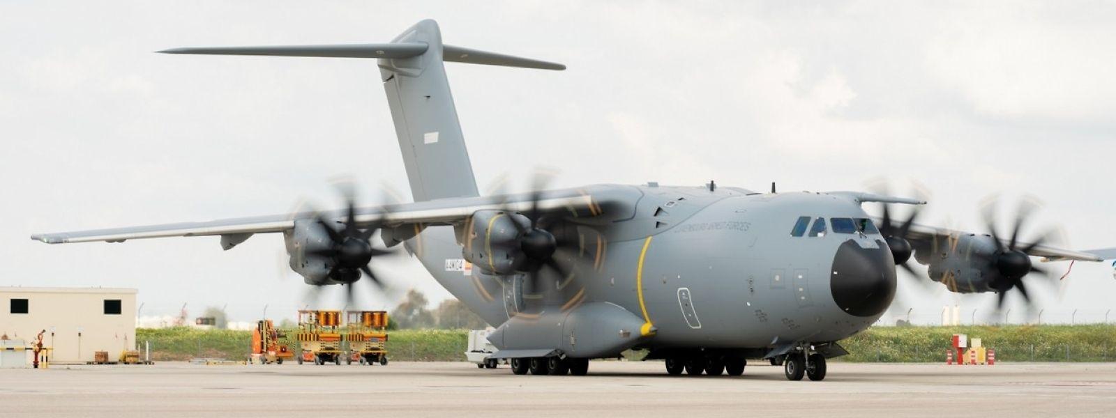 Das Militärtransportflugzeug soll Mitte Oktober geliefert werden.
