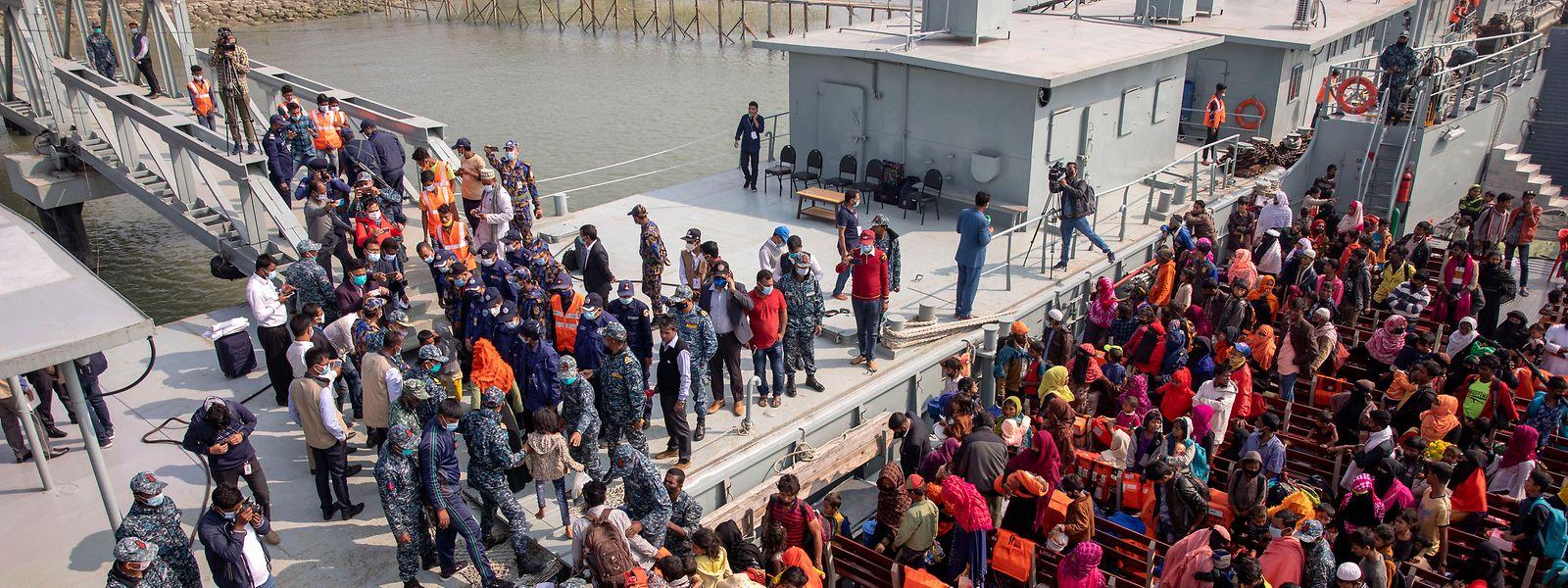 Rund 100.000 Rohingya sollen auf die Insel Bhasan Char an der Küste Bangladeschs umgesiedelt werden.