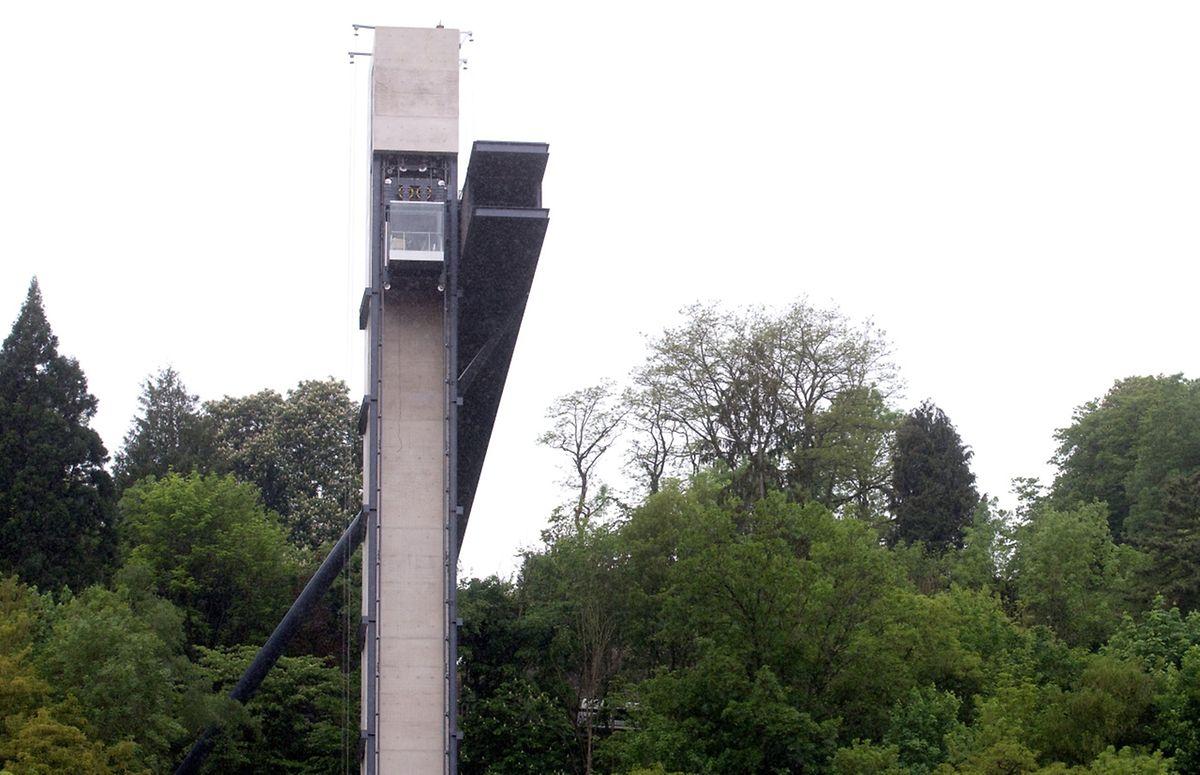 Das 70 Meter hohe Bauwerk hat insgesamt 10 Millionen Euro gekostet.