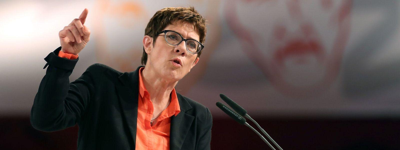 Annegret Kramp-Karrenbauer während ihrer Rede am Aschermittwoch in Demmin in Norddeutschland.