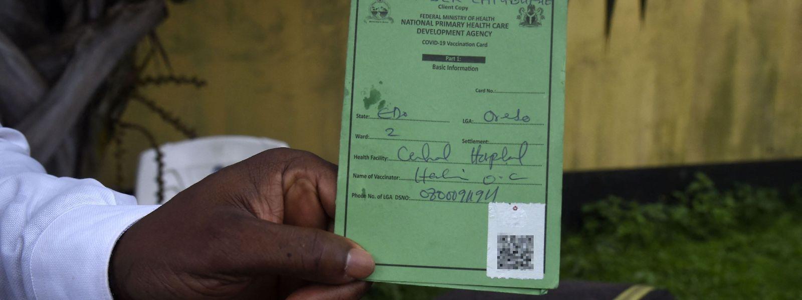 Einen Impfpass mit dem Stempel der empfangenen Corona-Impfung kann nur ein Bruchteil der Einwohner Afrikas vorweisen.