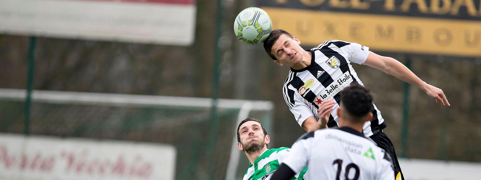 Jeunesse setzt auf die Kopfballstärke von Johannes Steinbach.