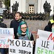 Manifestação em Kiev pela defesa da língua ucraniana.