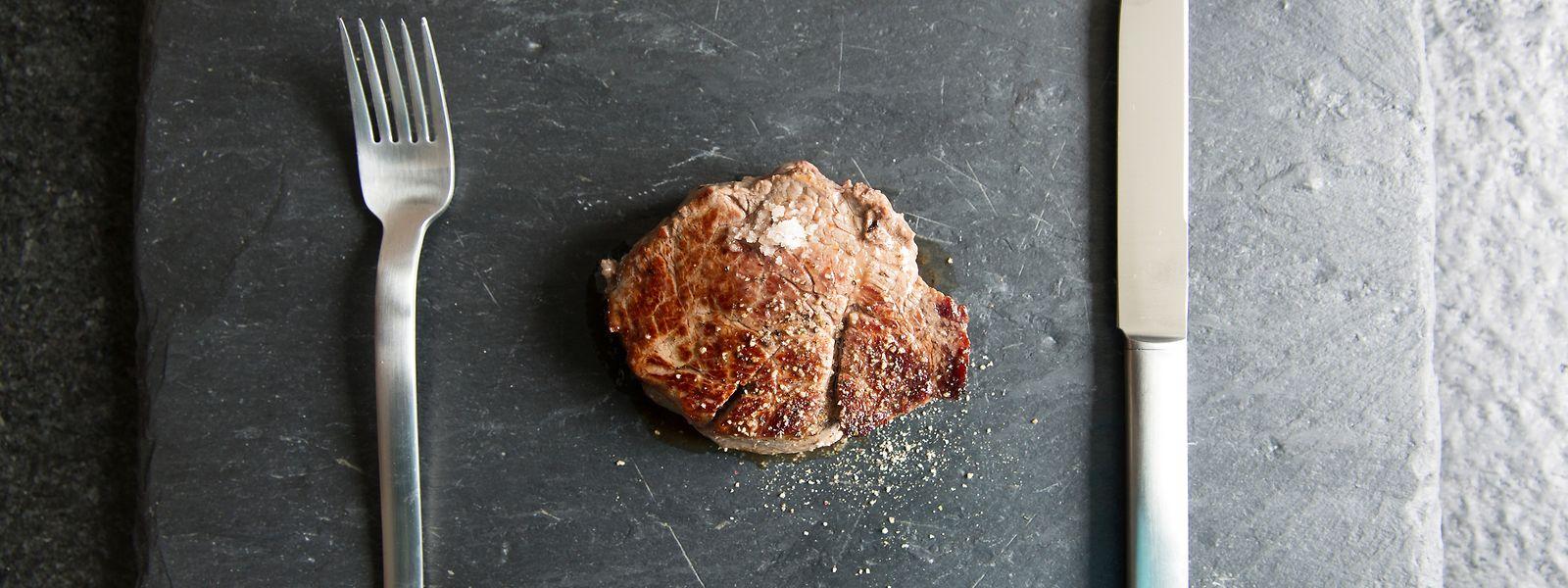 Weniger ist mehr: Statt Quantität sollte man beim Fleischverzehr auf Qualität achten.