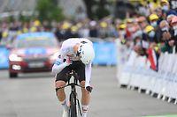 30.06.2021, Frankreich, Fougeres: Radsport: UCI WorldTour - Tour de France, Change - Laval (27,20 km), 5. Etappe (Einzelzeitfahren):  Tadej Pogacar aus Slowenien von Team UAE Team Emirates im Endspurt. Foto: Pete Goding/BELGA/dpa +++ dpa-Bildfunk +++