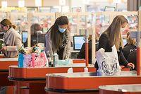 Lokales, Corona: Geschäfte und Friseure öffnen wieder - Massnahmen und Vorbereitungen in der Belle Etoile, Foto: Lex Kleren/Luxemburger Wort