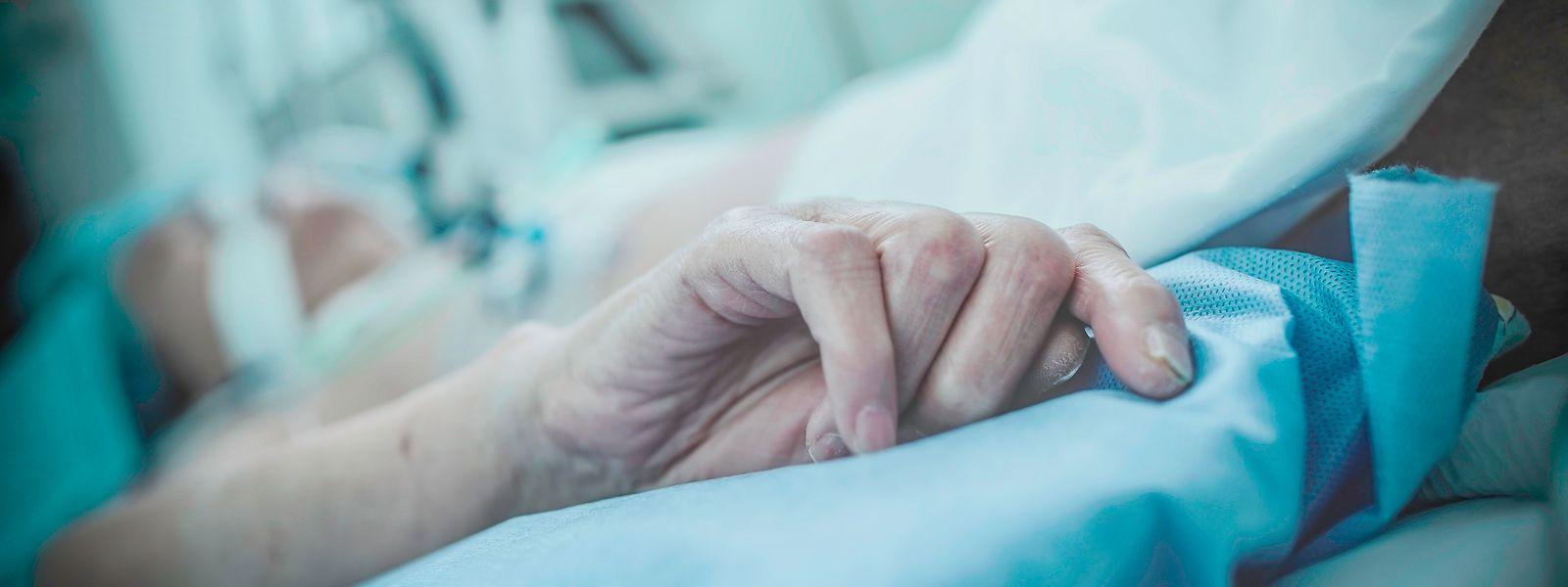 Die Sterbehilfe trifft bei der Bevölkerung auf breite Akzeptanz.