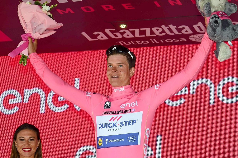 Bob Jungels freut sich über die Führung in der Gesamtwertung.