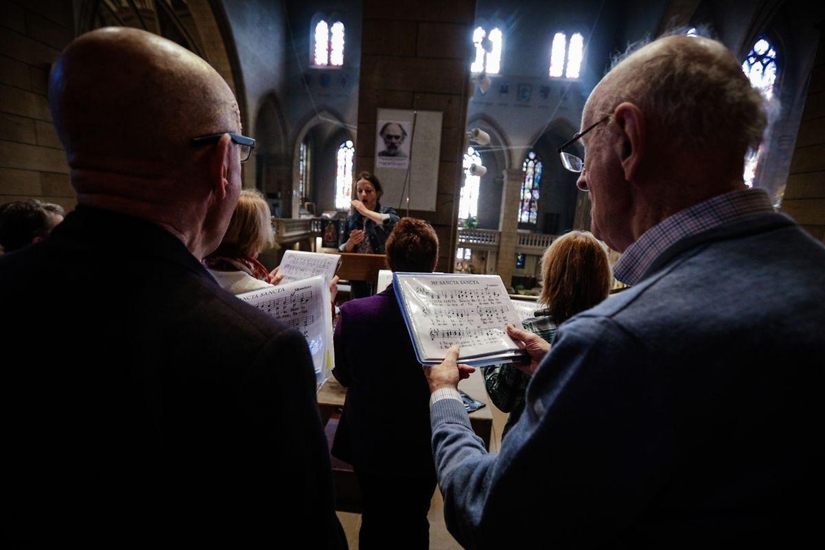 Messe für Leideleng Saint - Corneille (Leideleng) und Lëtzebuerg Notre - Dame (Luxemburg Gaasperech - Hollerech)