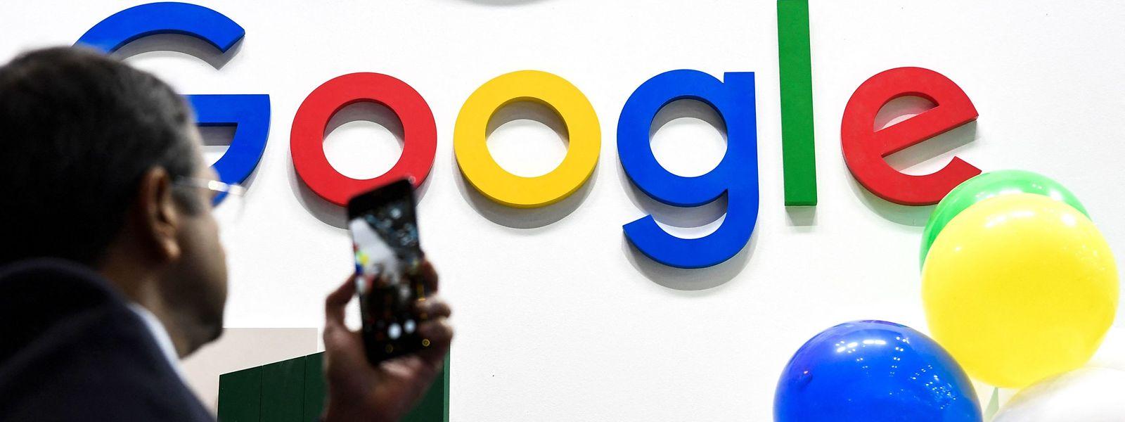 Google gelobt Besserung und will mit den französischen Behörden zusammenarbeiten.