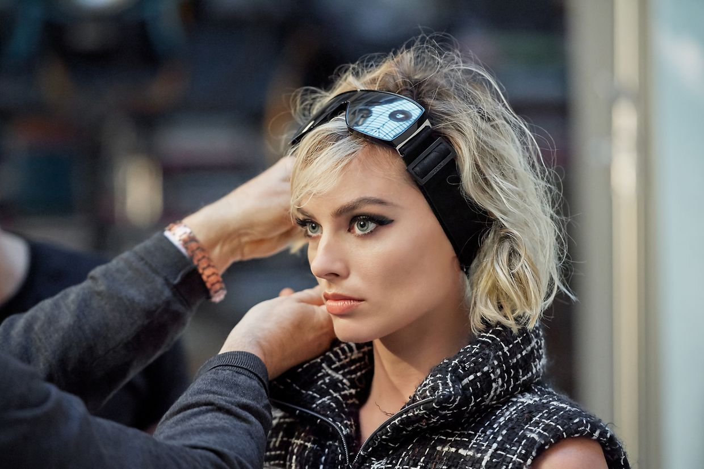 """Margot Robbie ist das Gesicht der Kapsel-Kollektion """"Coco Neige""""."""