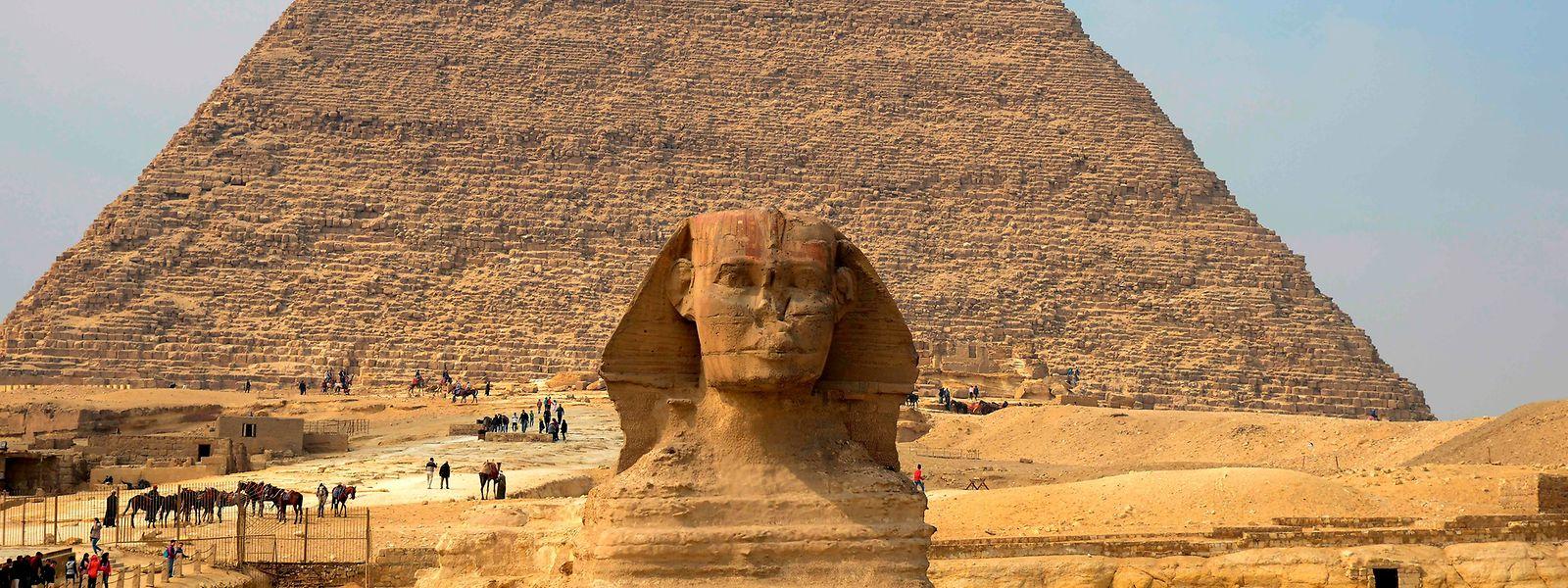 Die Pyramiden von Giseh gehören wohl zu den bekanntesten Sehenswürdigkeiten in Ägypten.
