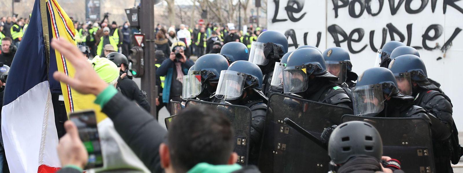 La manifestation du samedi 9 février à Paris a connu des moments de vives tensions