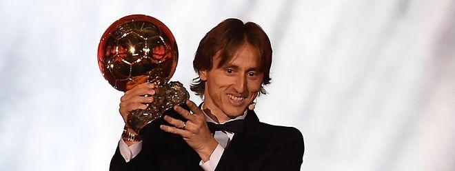 Luka Modric destronou Cristiano Ronaldo e Messi.