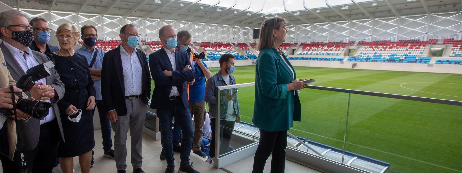 La bourgmestre Lydie Polfer a fait découvrir, notamment aux députés de la commission Sports, l'infrastructure pour laquelle la Ville de Luxembourg aura déboursé près de 23 millions d'euros et l'Etat 53 millions.