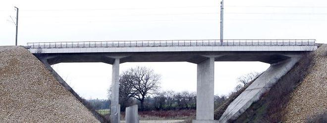 Es wird noch etwas dauern, bis dass die Umgehungsstraße unter der Eisenbahnbrücke in  Dippach-Gare gebaut wird.