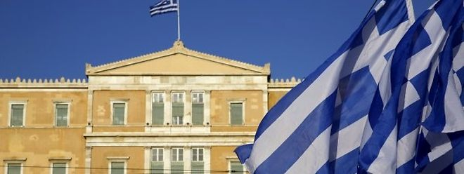 Ängstlich richten sich die Augen der Euro-Finanzminister nach Griechenland.