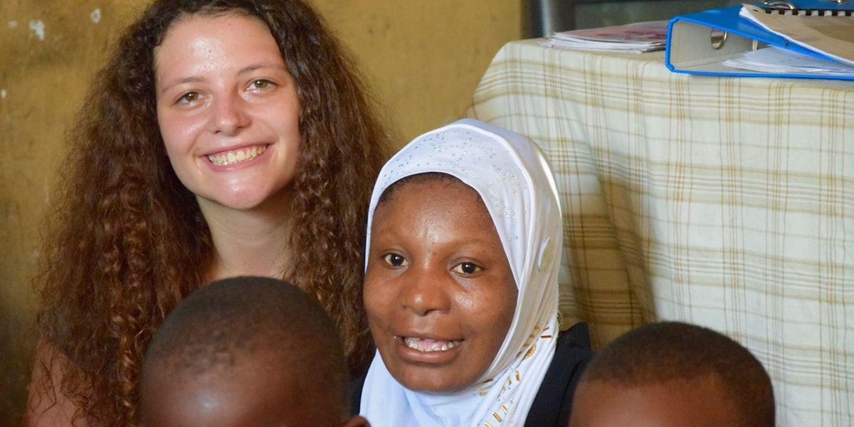 Während ihres Aufenthalts in Afrika hat Lola Bermes viele neue Freunde gewonnen.
