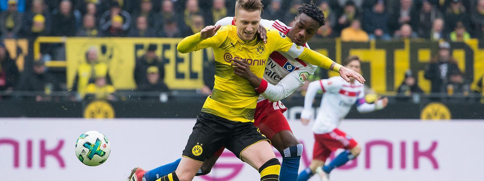 Marco Reus (l.) feierte beim Heimsieg gegen den HSV sein Comeback.