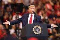 SUNRISE, FLORIDA - NOVEMBER 26: U.S. President Donald Trump speaks during a homecoming campaign rally at the BB&T Center on November 26, 2019 in Sunrise, Florida. President Trump continues to campaign for re-election in the 2020 presidential race.   Joe Raedle/Getty Images/AFP == FOR NEWSPAPERS, INTERNET, TELCOS & TELEVISION USE ONLY ==