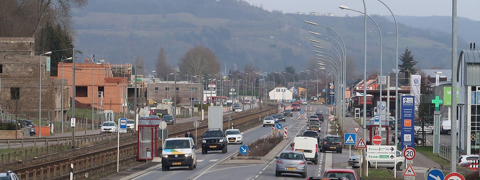 Bis Mitte 2020 soll die Zentralachse Ettelbrück-Diekirch zum multimodalen Korridor werden, in dem der Bus dank separater Spuren Vorfahrt erhalten soll.