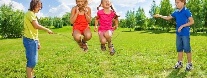 Seilspringen ist eine Herausforderung, die für zahlreiche Zwölfjährige nicht zu bewältigen ist.