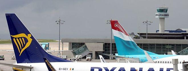 Un problème avec l'avionneur et client de Ryanair Aviapartner serait à l'origine de ce retard.