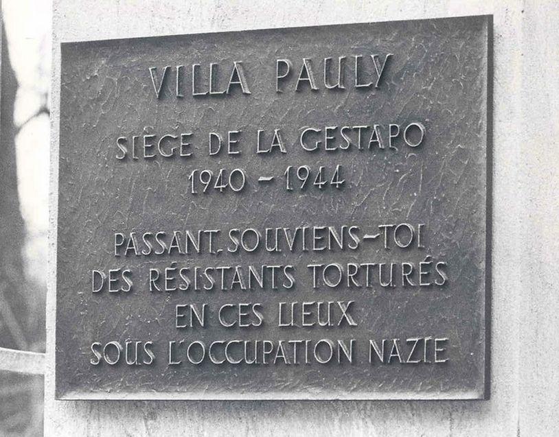 Plaque devant la Villa Pauly à Luxembourg