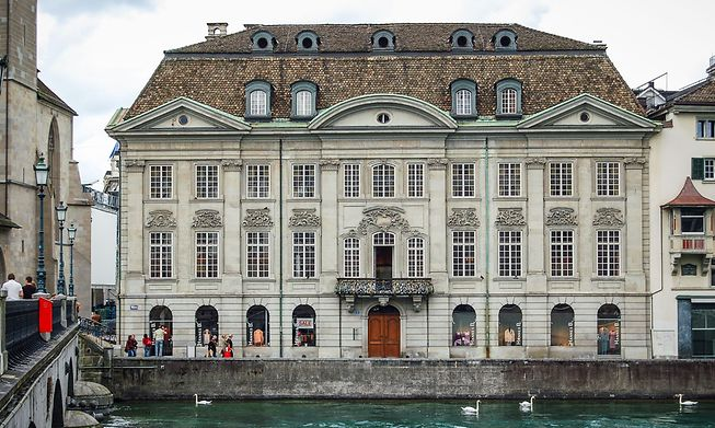Zunft zur Meisen, with a baroque city palace in the heart of Switzerland's banking hub, was founded in 1336