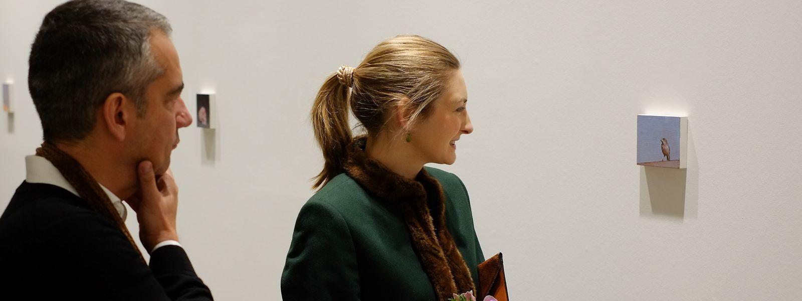 Stéphanie visitou o Centro Cultural Português acompanhada pelo autor da exposição, Miguel Branco.