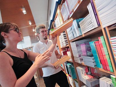 An allen Verkaufsstellen gibt es Beratung durch studentische Hilfskräfte.