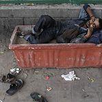 Vírus pode empurrar até 60 milhões de pessoas para a pobreza extrema
